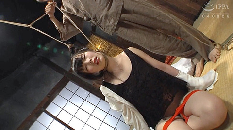 五十嵐星蘭 葛藤と恥じらいのSM調教を受ける女の画像12