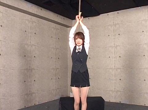 妃悠愛 首吊りSM調教 嬲られ性玩具奴隷女 AVエロ画像 31
