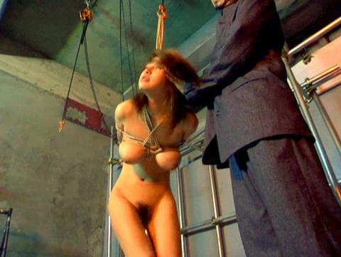 星ありす 惨めにSM調教される女のAVエロ画像 60