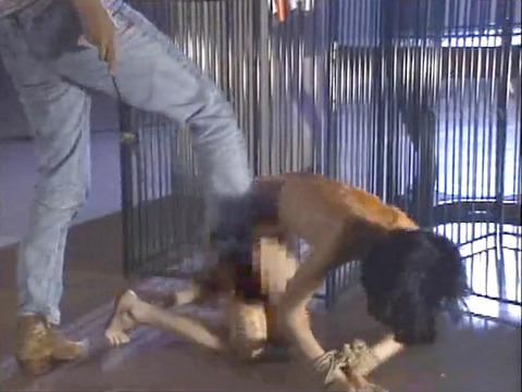 昭和のSM 夏目雅美 スレンダー美女 逆さ吊り 鞭打ち SM画像 26