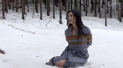 神納花 極寒 雪中SM調教 寒さ責めされる女89