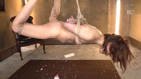 星あめり 逆さ吊り汗だくSM調教される女の画像 131