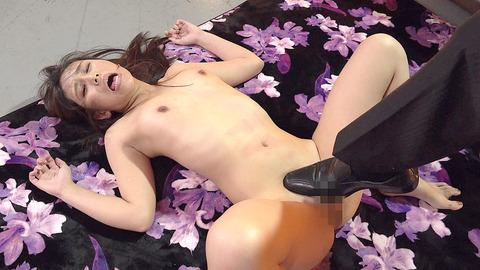 中尾芽衣子 靴を舐め ビンタされ 鞭打たれる 女の AV エロ 画像 204