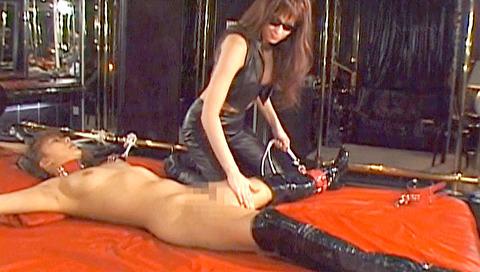 星せいな ヨーロッパSM ミストレスにSM調教される女のエロ画像 17