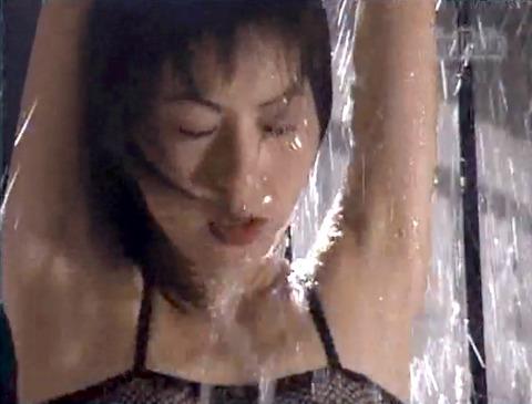 野口由香 鞭打ち 水責め 逆さ吊り SM調教画像 2000年代SMビデオ 05