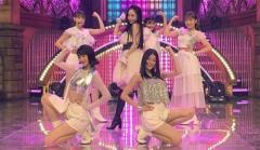 元KARAハラ生放送で完全ポロリで丸見えハプニング!