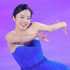 本田真凜「ラ・ラ・ランド」熱演 鮮やかなブルー衣装で登場