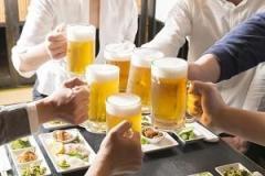 中国人が日本の居酒屋でしたいこと…「とりあえずビール!」