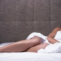 夫の出勤直後に男を家に呼び込む…女性専用風俗の内幕
