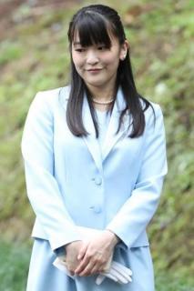 眞子さま、美智子さま不在のタイミングに結婚に関する発表も