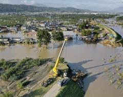 台風19号 10県の26人死亡 21人不明 10河川で堤防決壊