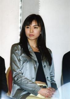 乳首公開! 美人女優「ポロリ」事件史60房(1)