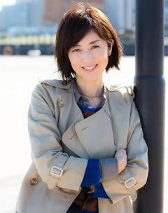 高岡早紀は歌手歴32年、「歌では素の自分を開放しています」