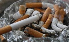 タバコの臭いに激怒し上司を足蹴り 47歳千葉県印西市職員