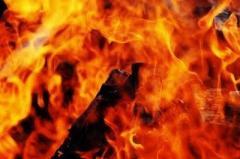 女子高生「イライラして」、駅前女子トイレに放火