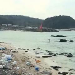 島根県の竹島周辺でゴミを投棄する韓国海軍の許されない愚