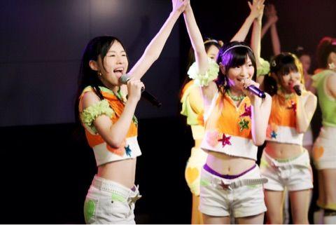 SKE48松井珠理奈「ぎゅっと手をつなぎながら  道に迷わないように  前へリードしてくれた  同じ夢を持つ友よ・・・」 他