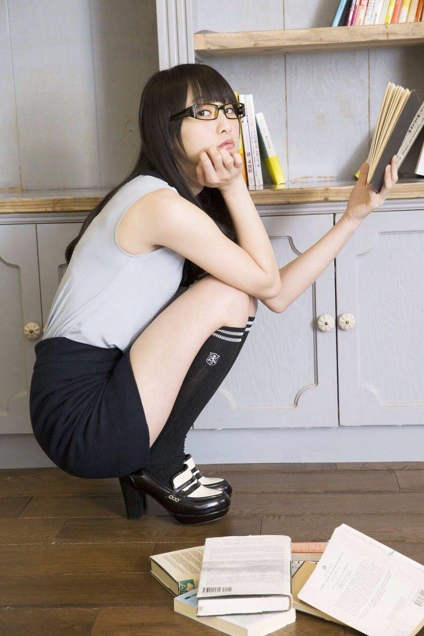 おいしそうな脚の女子高生165脚目xvideo>1本 YouTube動画>6本 ->画像>606枚