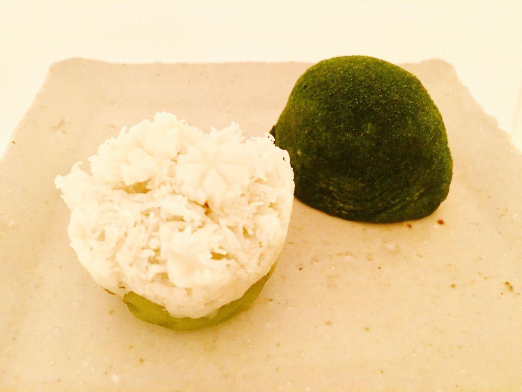 第1397回 壽々炉の生菓子『冬 曙』と『雪 国』 : 和菓子魂! Powered ...