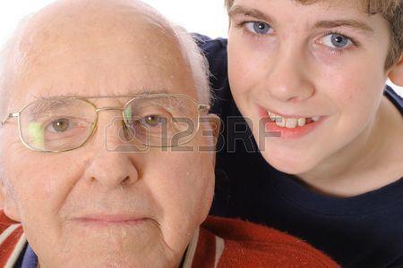 3563333-偉大な祖父と孫の一緒に