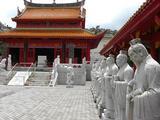 孔子廟は小さいが威圧される