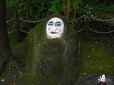 『じめさあ』の石像がひっそりとあった