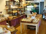 ケーキとパンの店「パック」