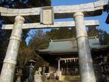 陶山神社の大鳥居は白磁製