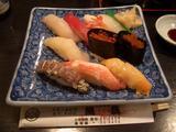 魚真のにぎり寿司