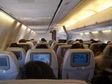 B737-800 機内の様子