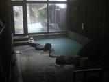 内湯も冷鉱泉と沸かし湯の2つ