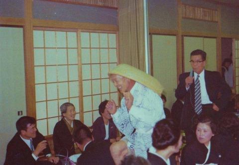 IMG_0002(1974年か5年 弟の結婚式での市ちゃん最後の踊り)