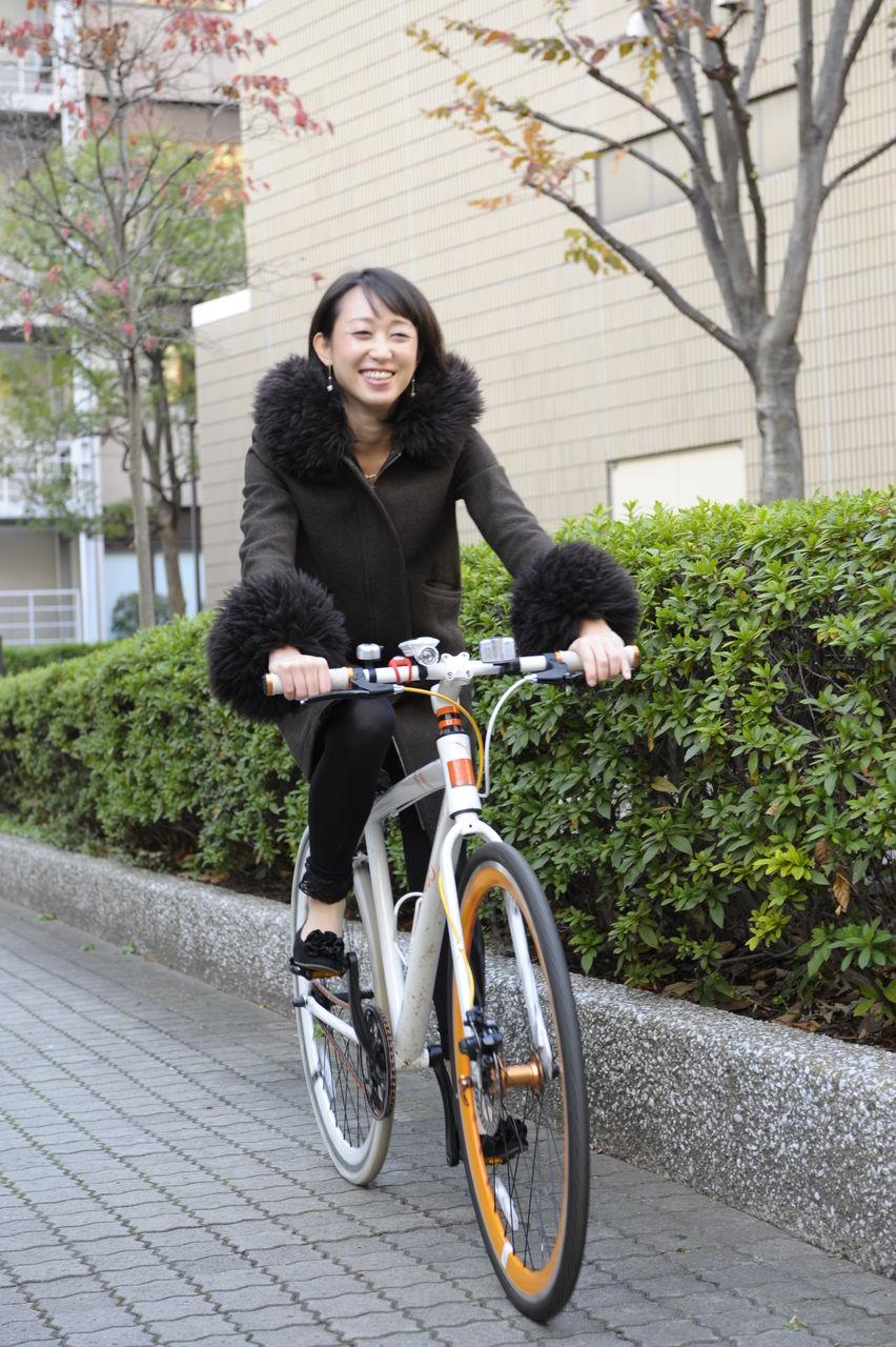 自転車の 自転車 通勤 服装 女子 : 温熱美容プロデューサー ...