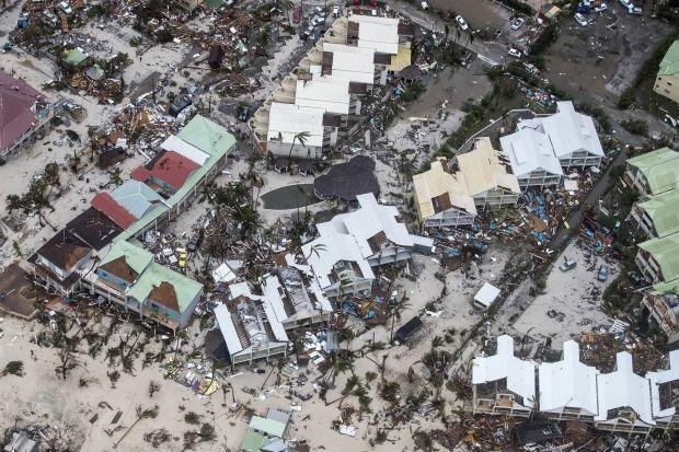 韓国人「ハリケーンが通過した後のマイアミの黒人たちの行動をご覧ください」