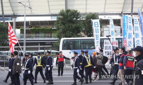 日本の右翼勢力が東京都心部でまた『嫌韓デモ』・・・「韓国と断交せよ」