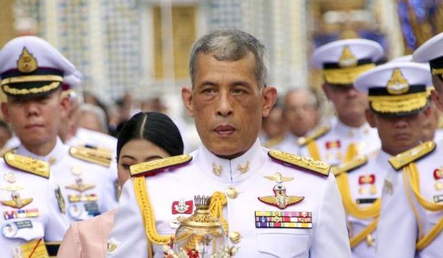 thai-king-vajiralongkorn-ap