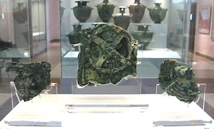 アンティキティラのメカニズム  科学者を驚かせ続ける古代ギリシャの人工物
