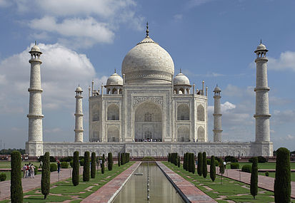 413px-Taj_Mahal,_Agra,_India_edit3