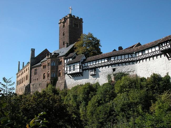 1024px-Wartburg_Eisenach_DSCN3512