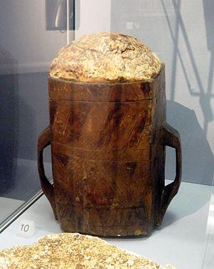 Bog_butter_in_wooden_vessel