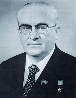 250px-Yuri_Andropov_-_Soviet_Life,_August_1983