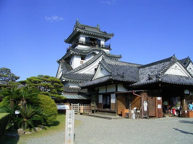 1024px-Kochi_Castle09