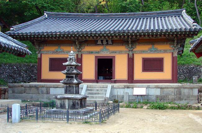 Korea-Andong-Bongjeongsa_3040-06_Geungnakjeon