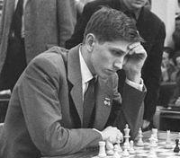 200px-Bobby_Fischer_1960_in_Leipzig