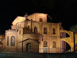 330px-Basilica_of_San_Vitale,_Ravenna,_Italy