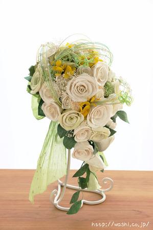 和紙の花「菜の花ウェディングブーケ」やや斜めからの写真