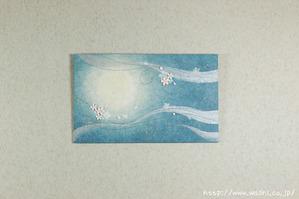 桜の花びらが空を舞うようなイメージ(和紙アートパネル)