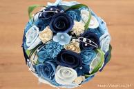 和紙の花(結婚1周年の紙婚式や、プロポーズプレゼントに最適な受注生産品の和紙ラウンドブーケ・花束)ブルー、真上