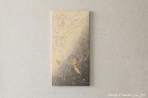 陰影豊かな花柄の和紙アートパネル (横写真)壁インテリア