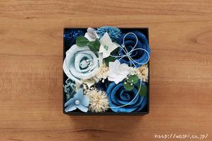 結婚1周年(紙婚式)プレゼントにオススメの和紙の花ボックスフラワー(青系)